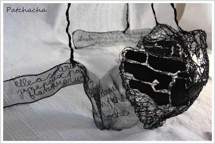 art textile et sous-vêtements