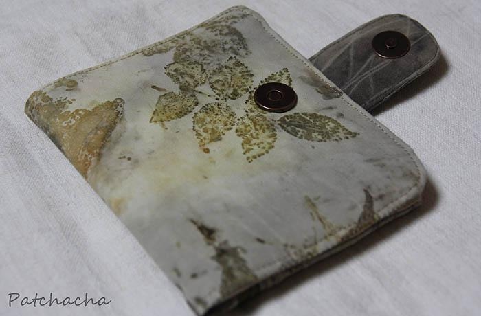 porte-cartes imprimé feuilles