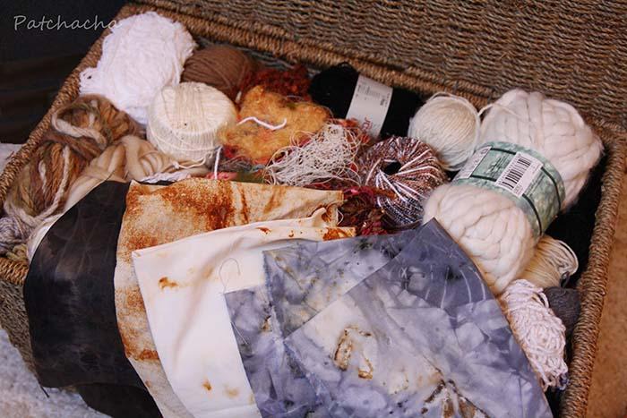 fils, laines et tissus rouillés